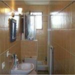 Aménager une salle de bain en longueur