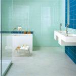 Carrelage en verre salle de bain