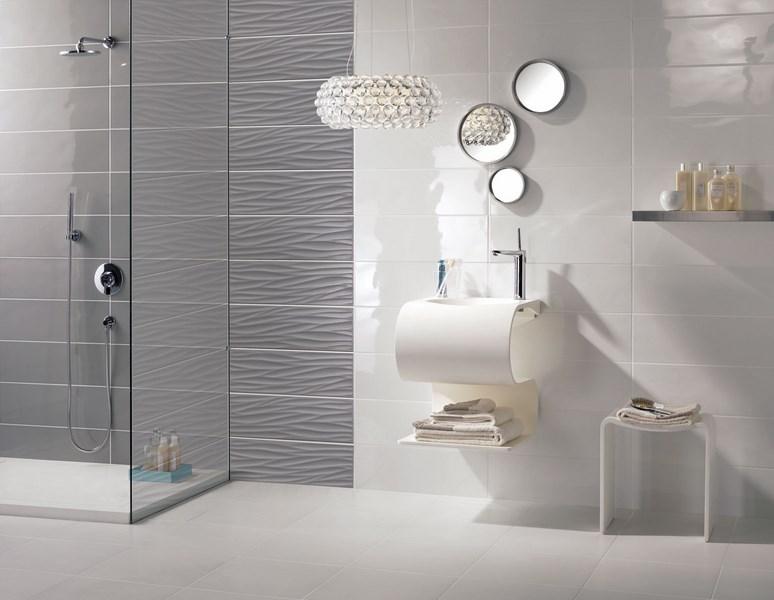 Faiences salle de bain for Modele de faience de salle de bain