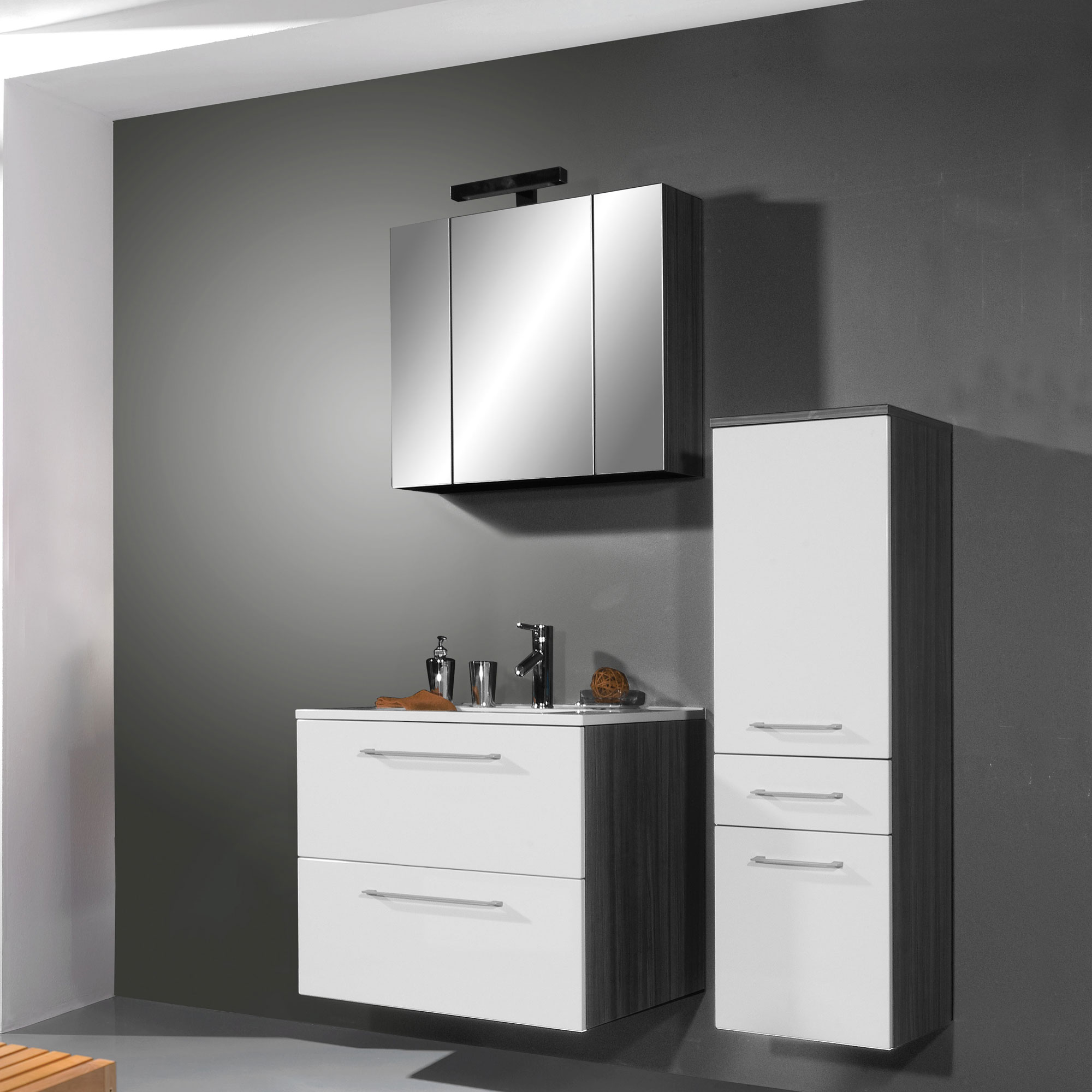 Meuble salle de bain avec colonne Miroir de chambre sur pied