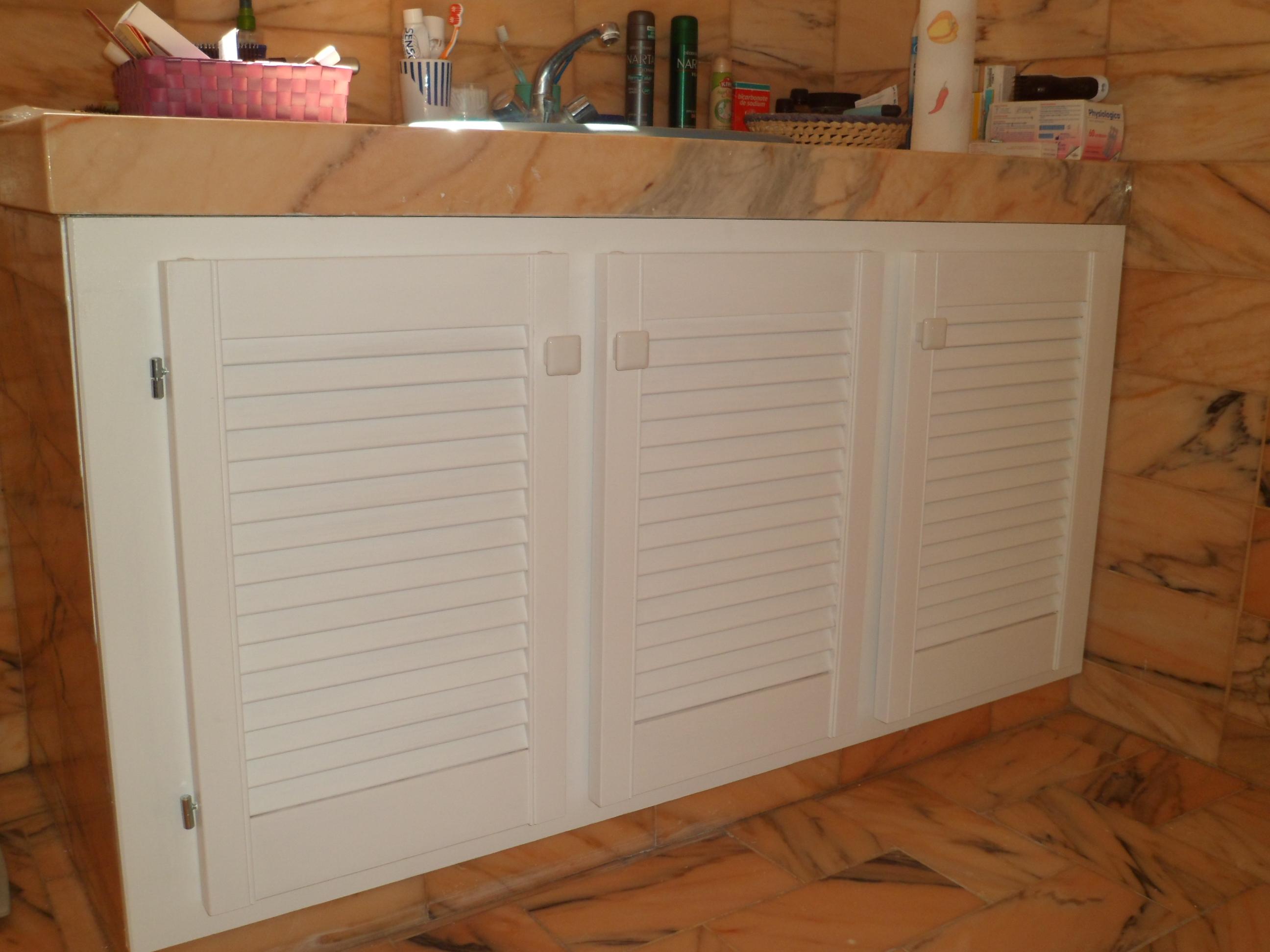 Porte meuble salle de bain sur mesure for Porte de meuble de salle de bain castorama