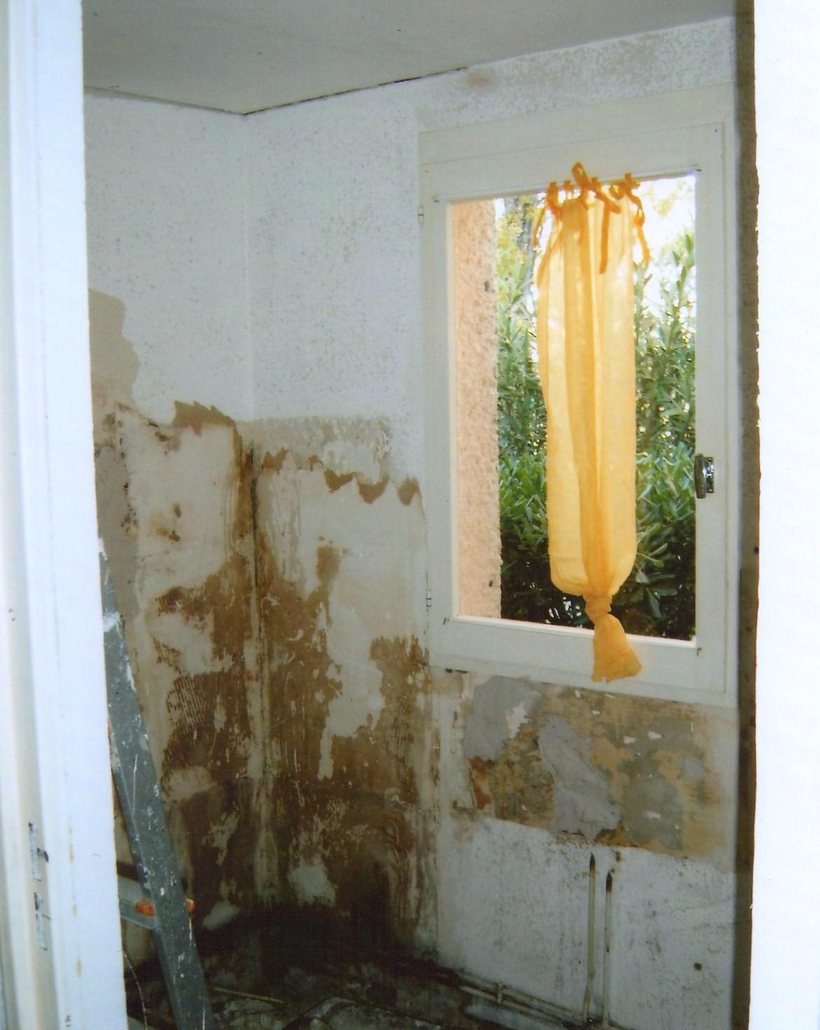 Armoire salle de bain conforama for Refaire sa salle de bain soi meme