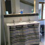Rideau meuble salle de bain