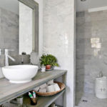 Salle de bain bois gris