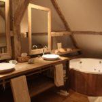 Salle de bain deco bois