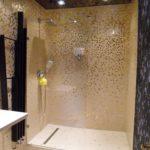 Salle de bain or