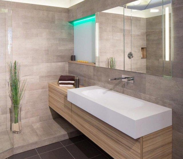 Salle de bain grise et bois - Salle de bains grise ...